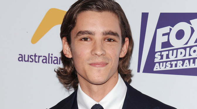 Brenton Thwaites Will Play Dick Grayson in 'Titans' TV Series